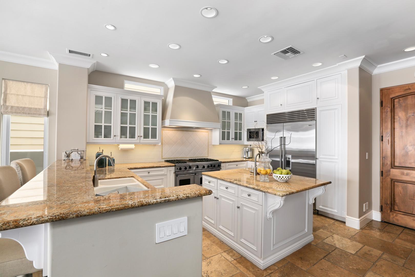 Kitchen2MLS.jpg