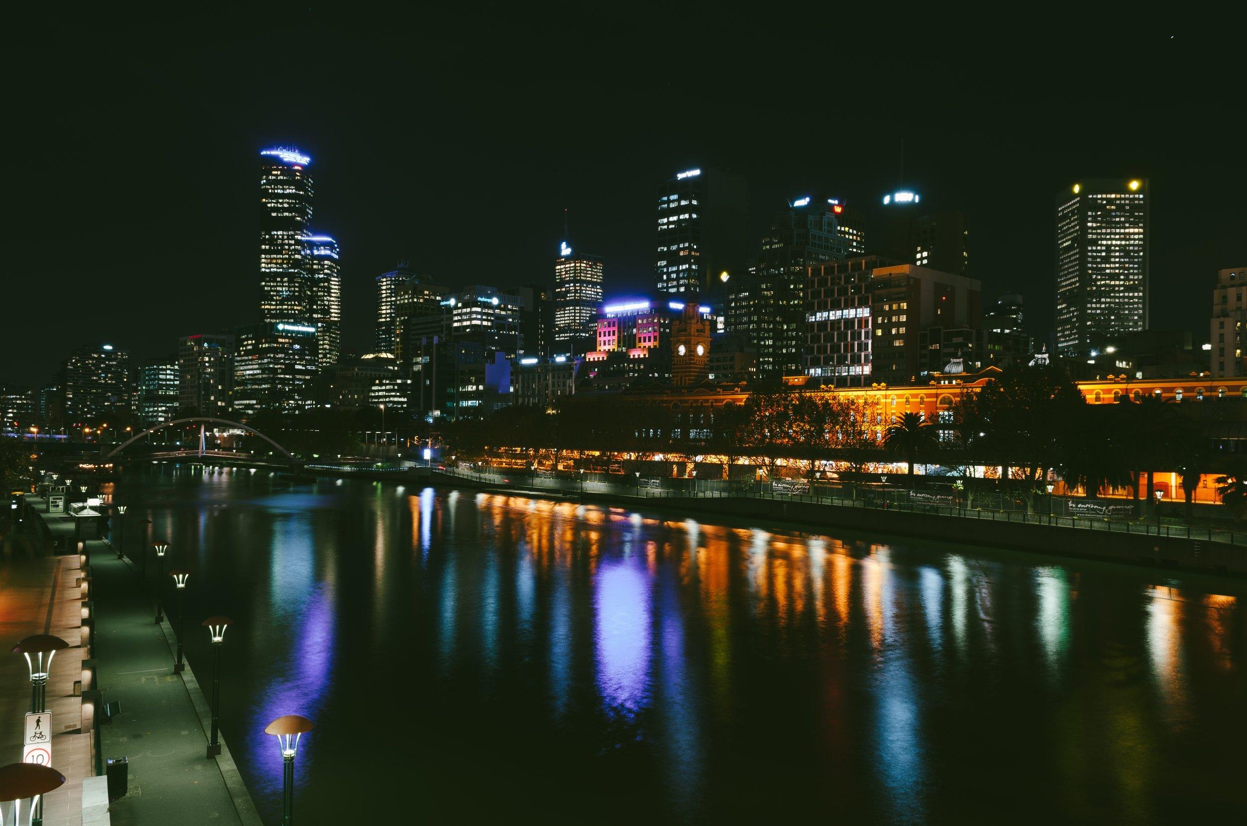 Melbourne at night.jpg