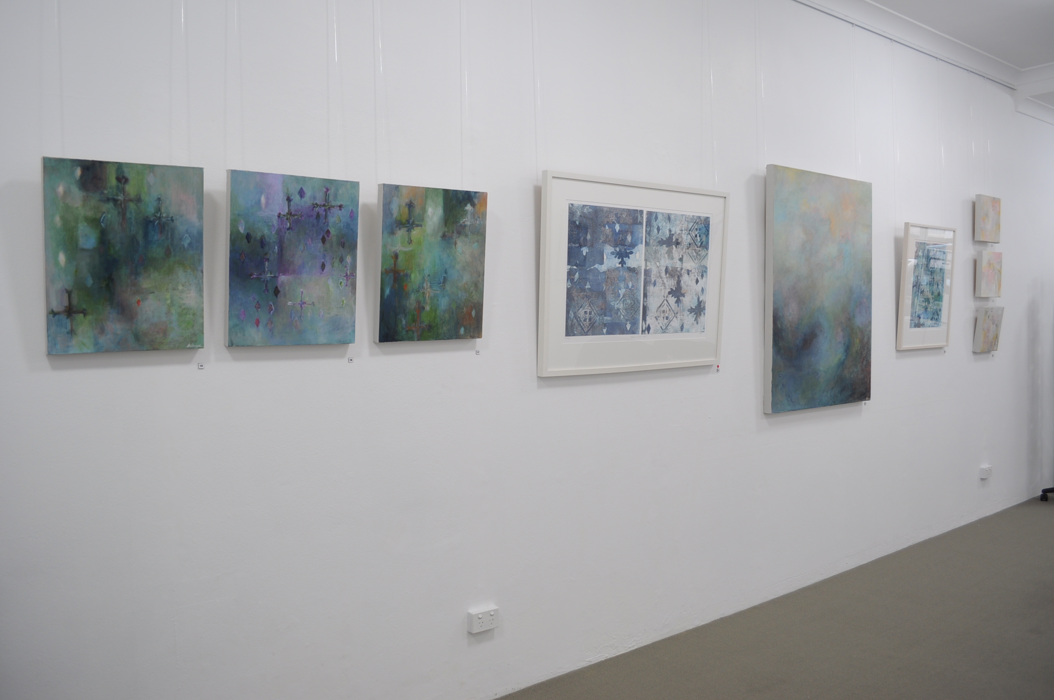 installation view - side wall