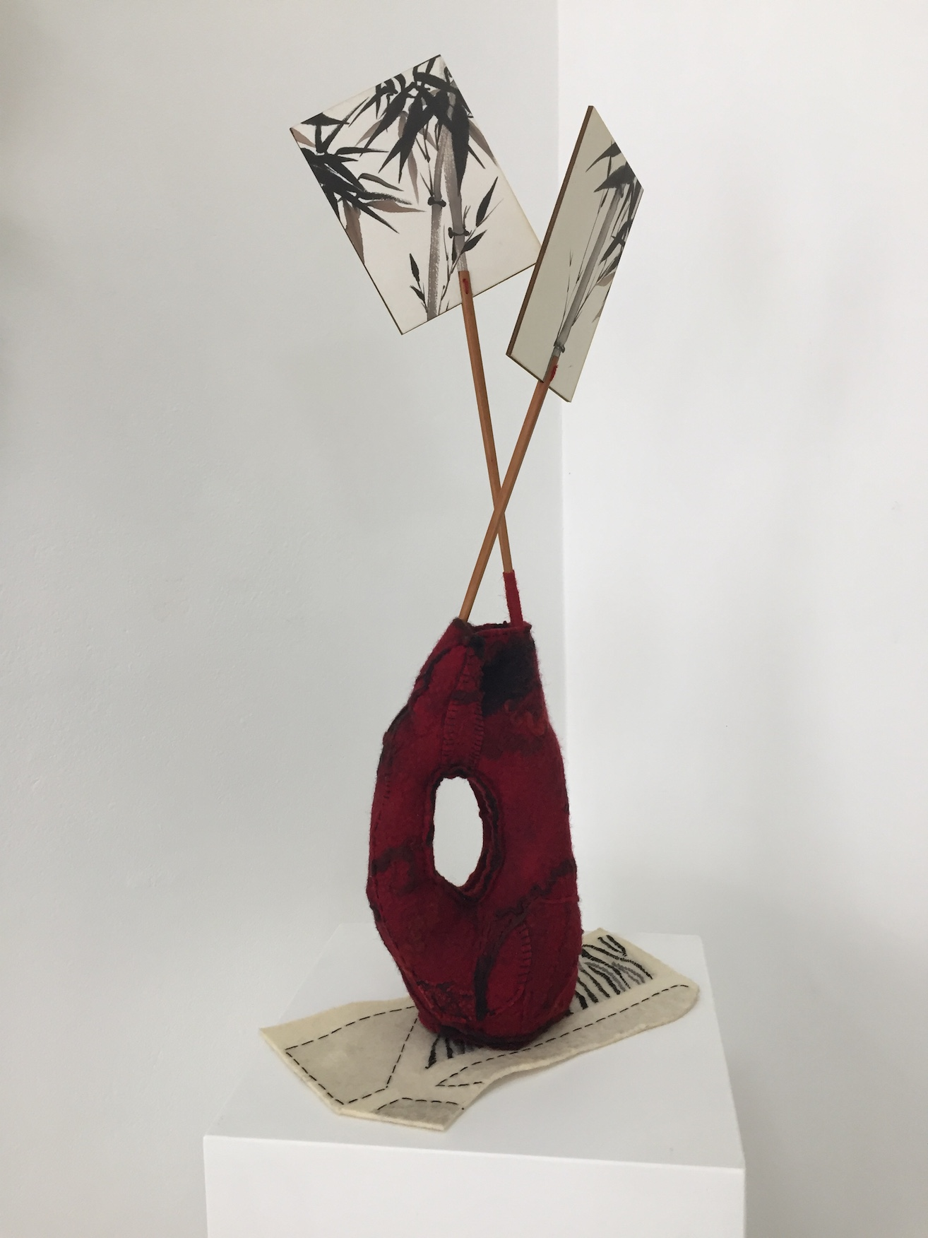 Giselle Penn_In the Pattern of the Interior_2017_felt, collected objects, thread, 50x30x15cm.jpeg