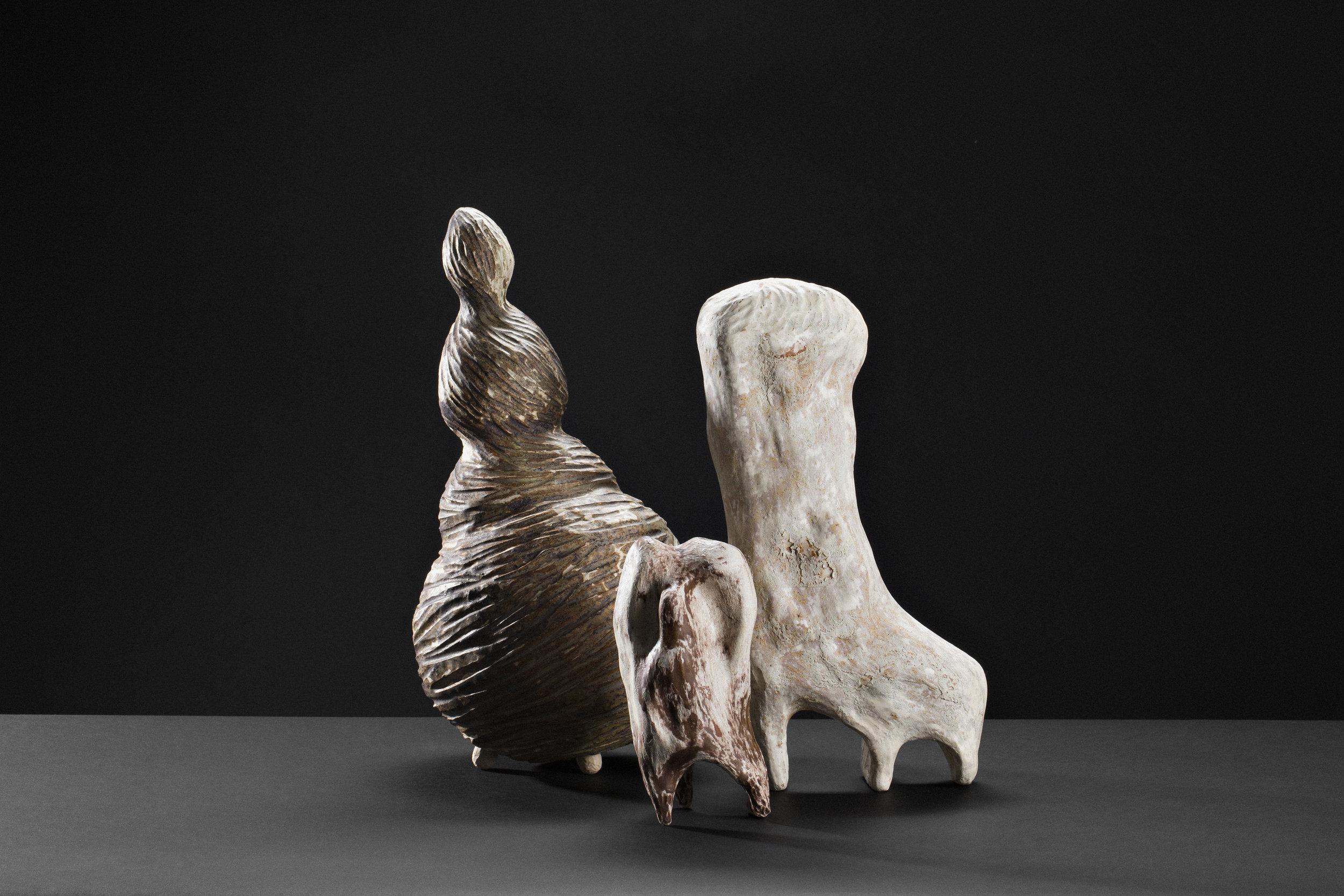 Moa Håkansson,  Väsen II , 2014. Skulpturgruppe – keramikk. Foto: Lykt AS