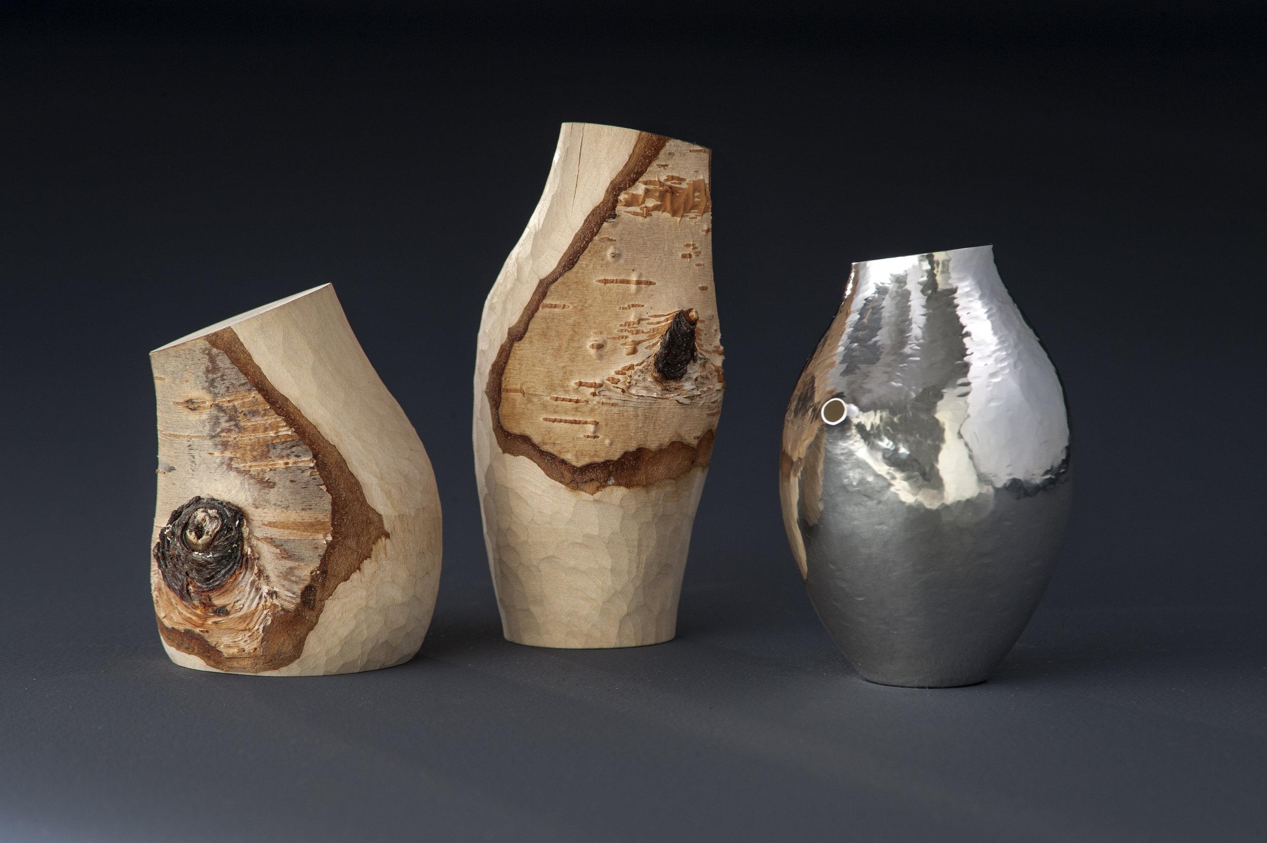 Elin Hedberg,  Relasjoner . Objekter. Korpus, bearbeidet fjellbjørk. Foto: Kjell S. Stenmarch
