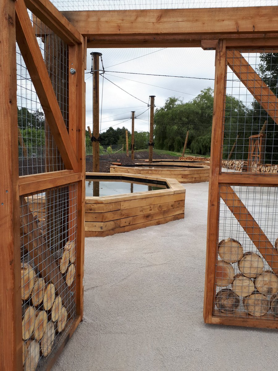 Pond dipping educational facility