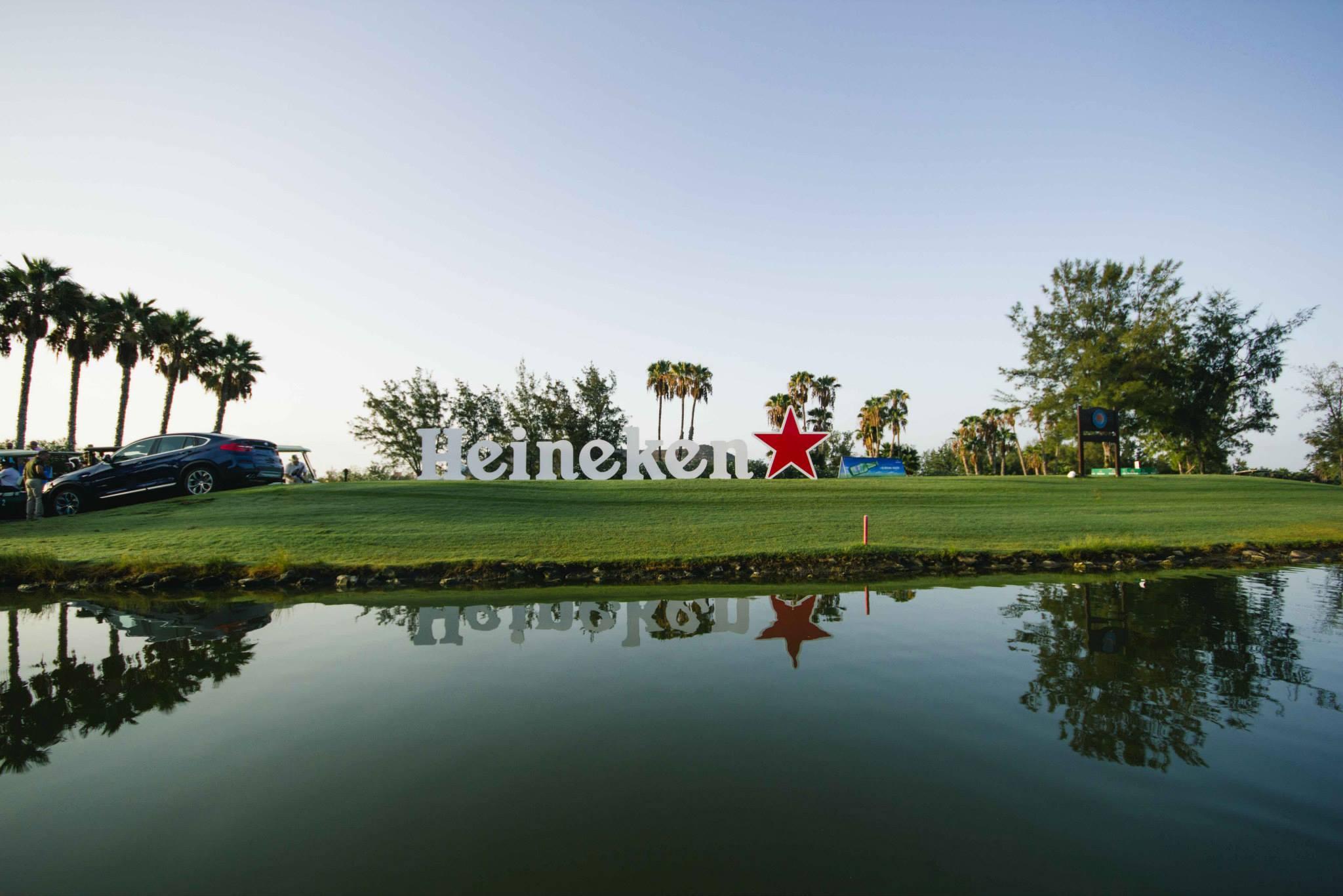 THE OFFICE_golf09.jpg