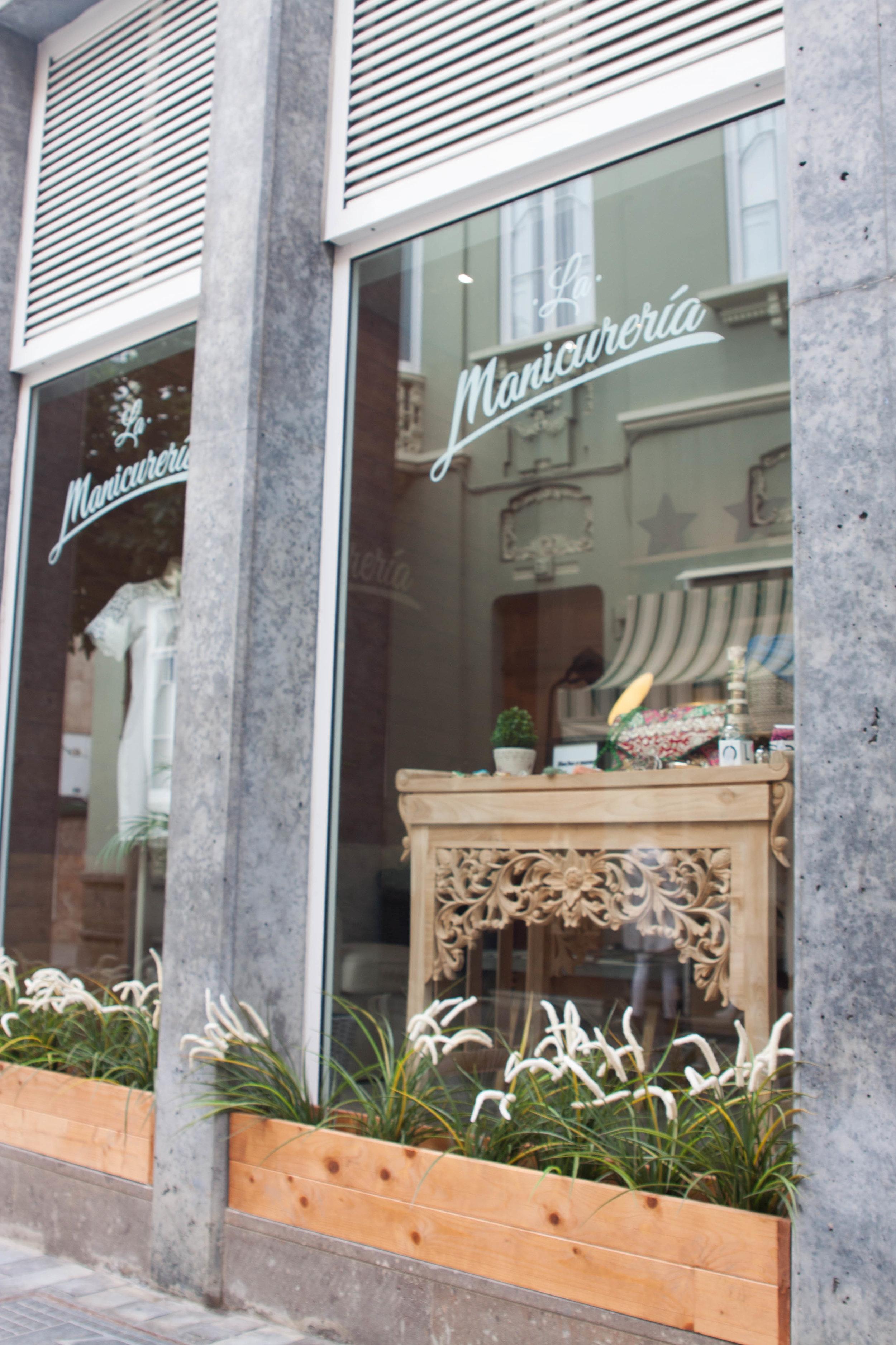 THE OFFICE_la manicureria20.jpg