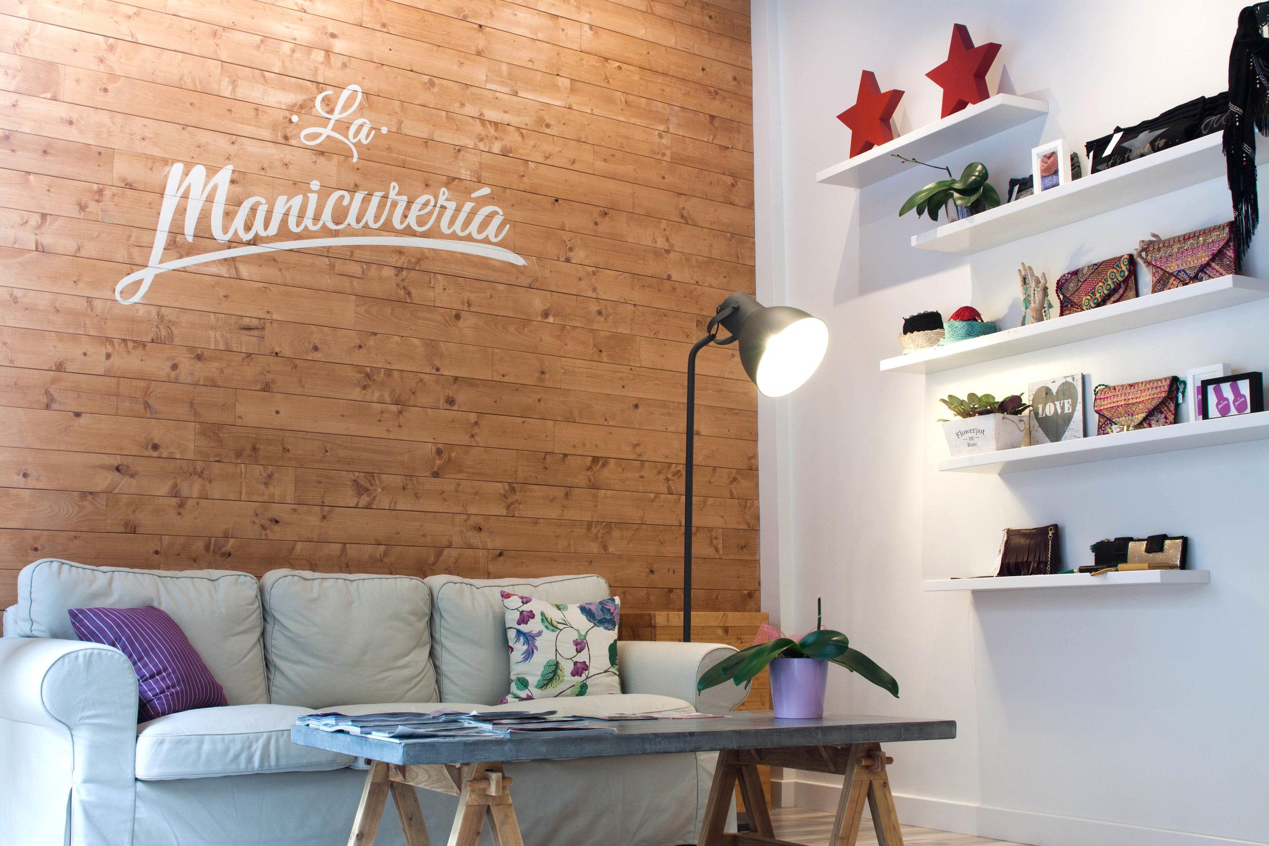 THE OFFICE_la manicureria15.jpg