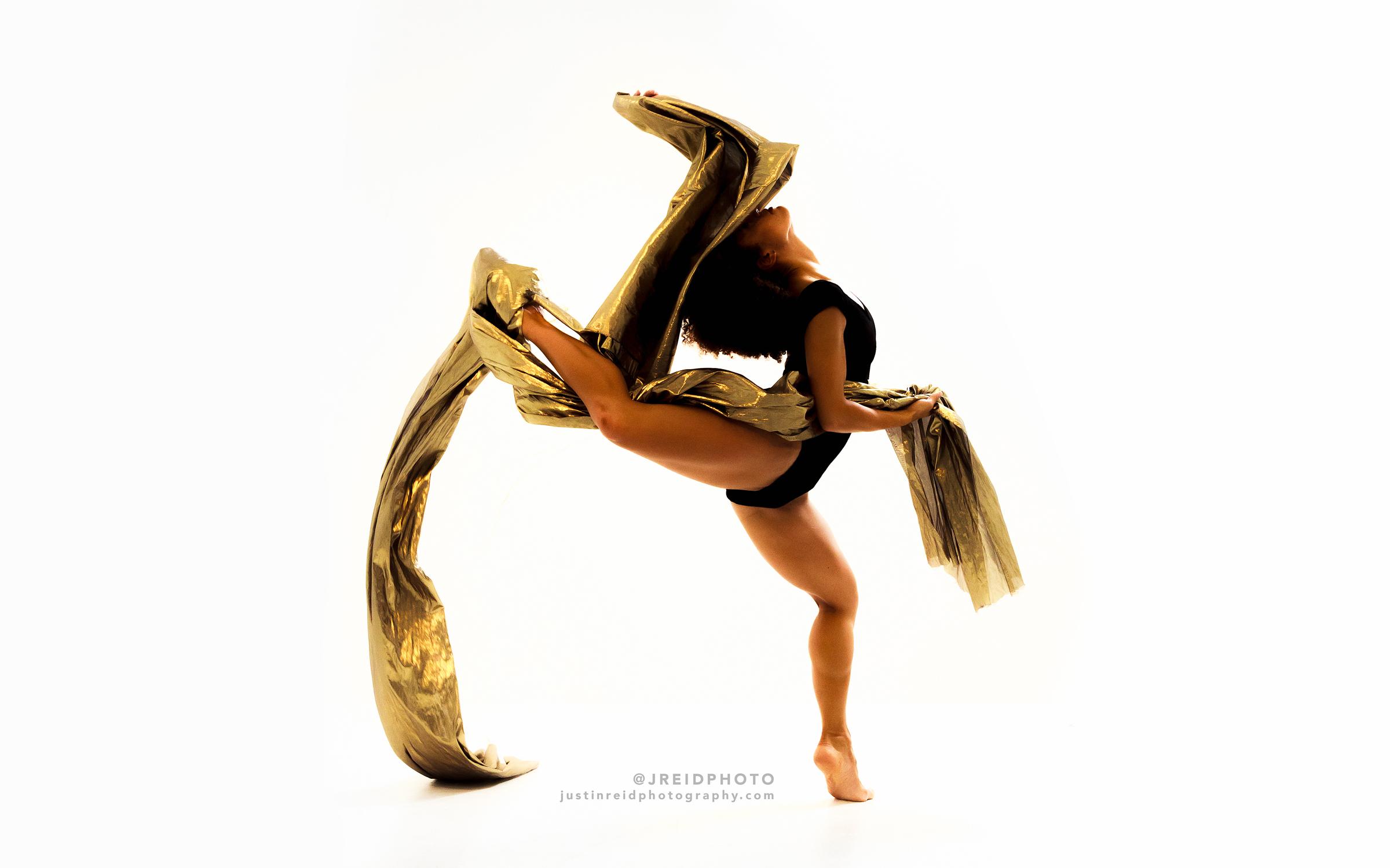 Allyson Ross, Ballet Dancer