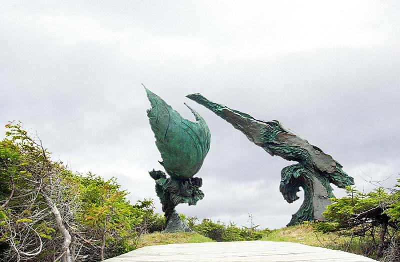 Meetingoftwoworldssculpture