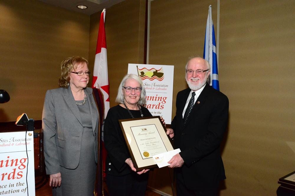 HSA Emeritus member, Alison Earle, presents the Manning Award to John Warren, President of the Mizzen Heritage Society