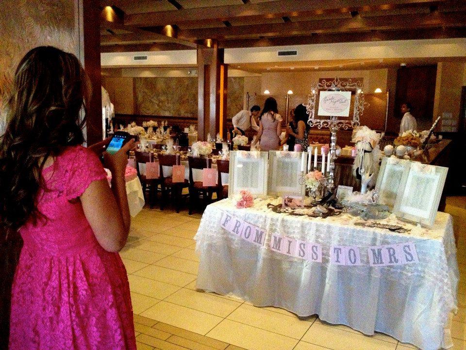 bridalshowermatina05.jpg