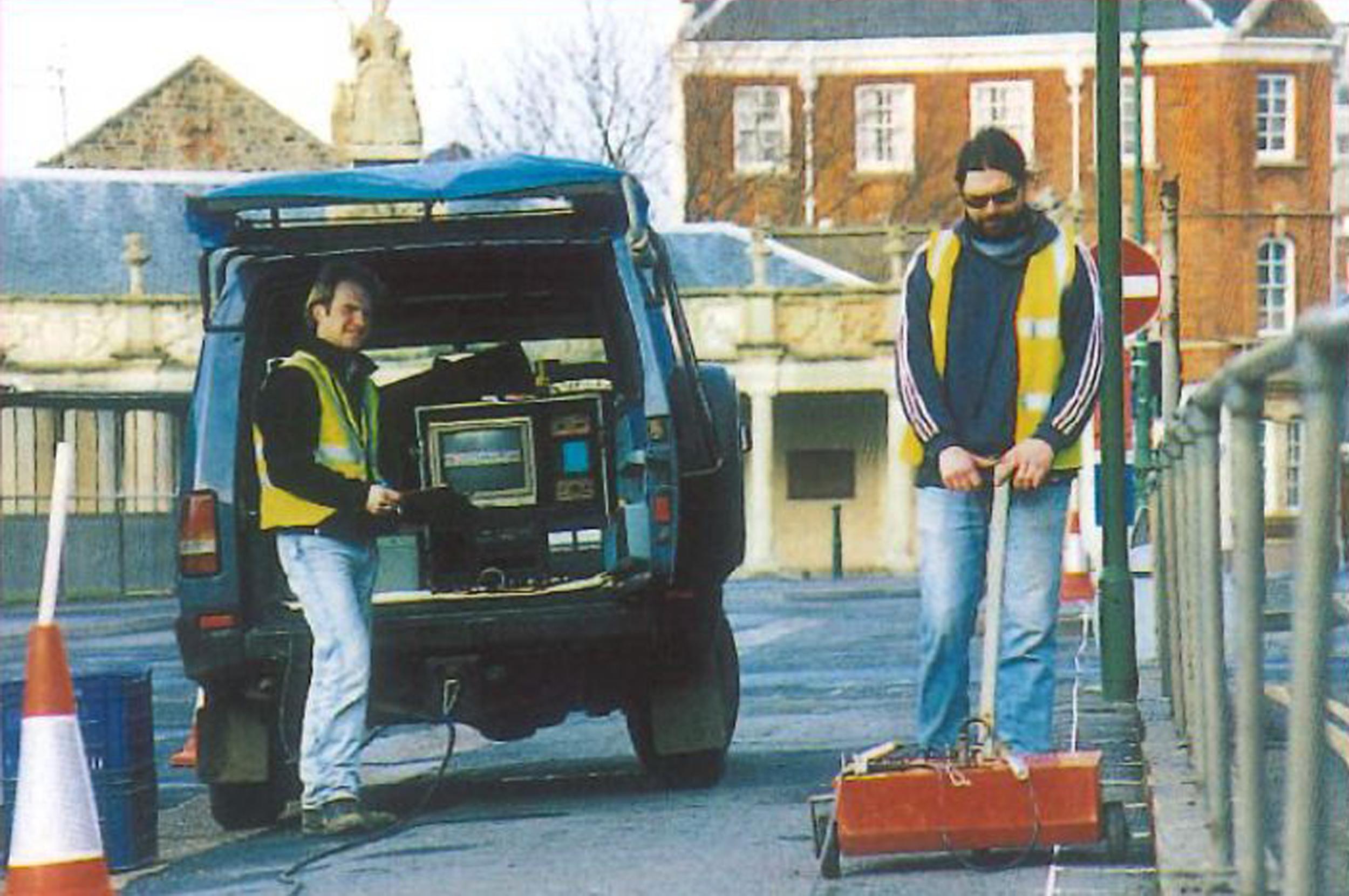 SIR 3 radar equipment being used on site