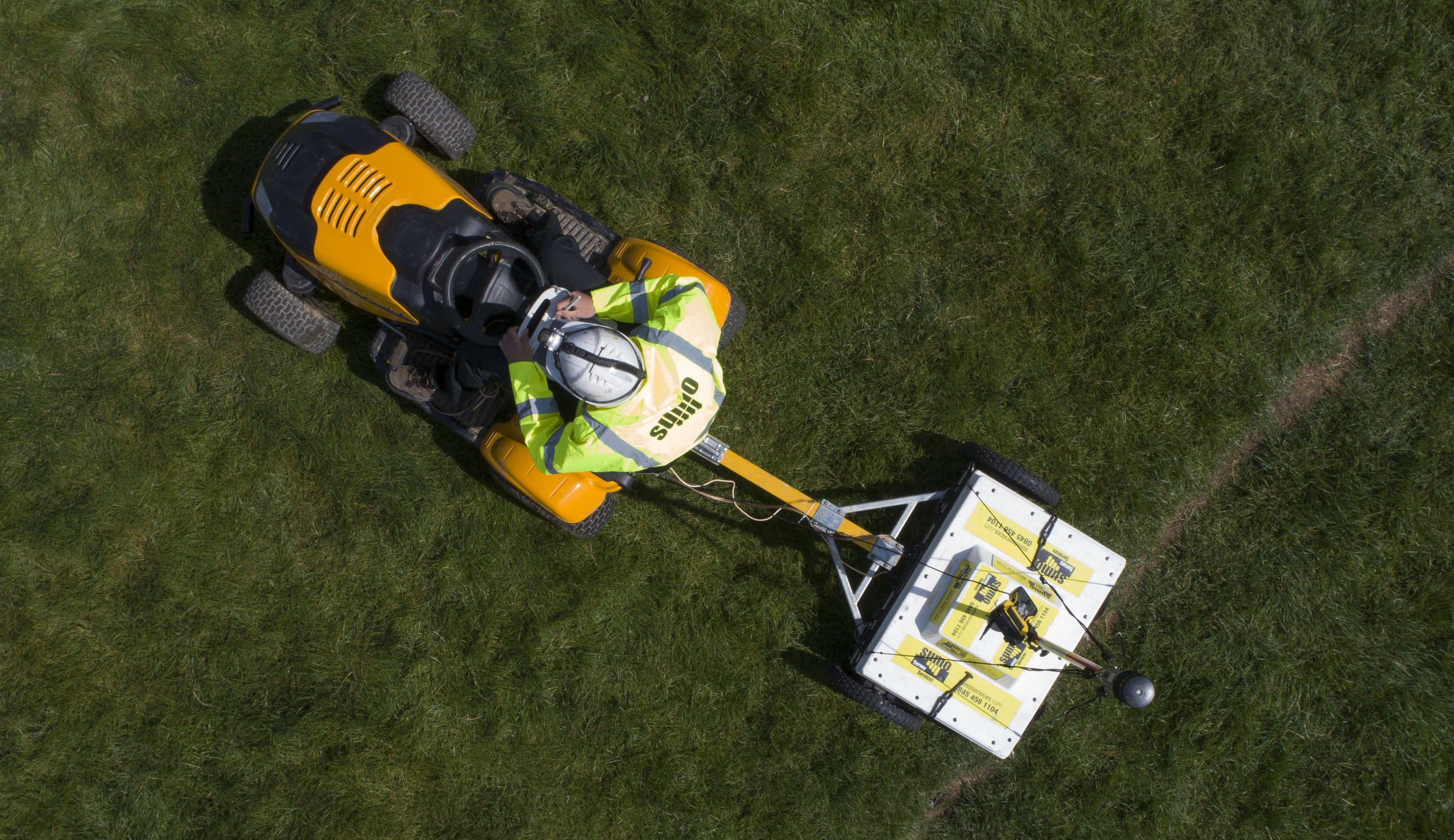 This photo shows the High-Density Ground Penetrating Radar equipment that SUMO utilises.