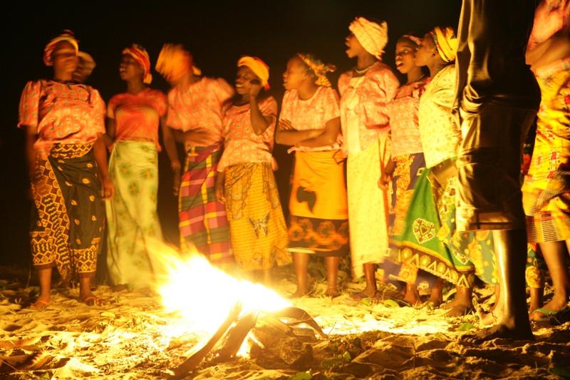 guludo traditional dancers.JPG