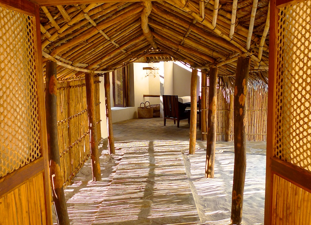 Family Banda corridor linking rooms.jpg