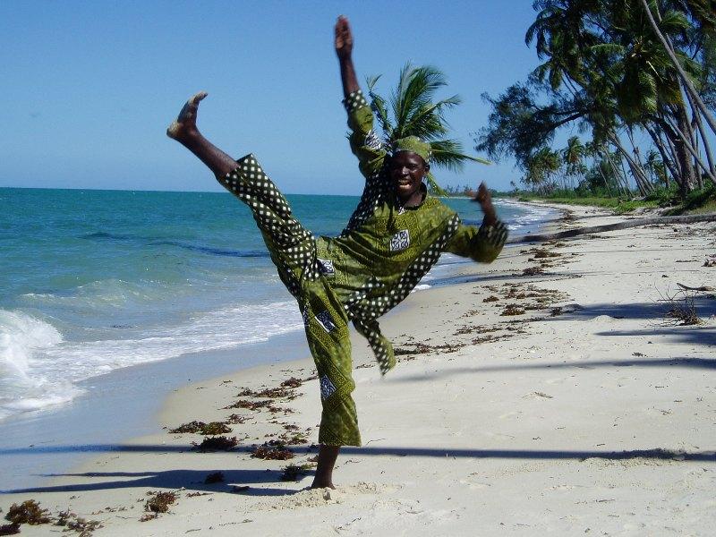 Guludo Beach 03.JPG