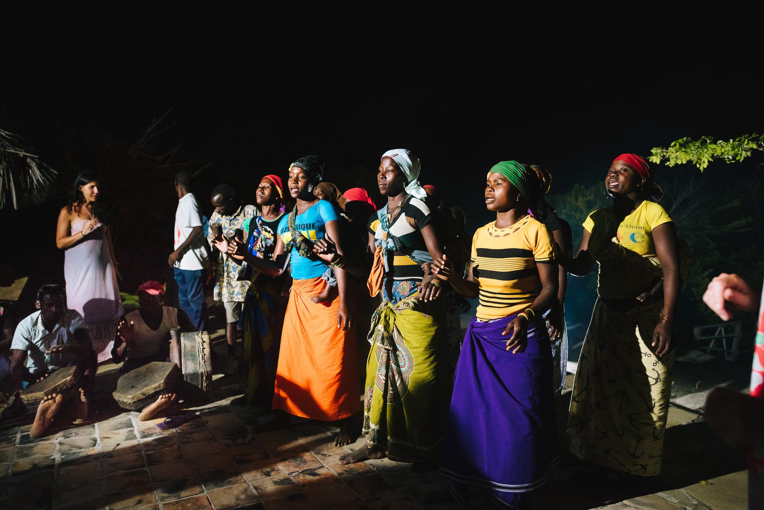 alex-miller-photography-joss-alex-mozambique-412.jpg
