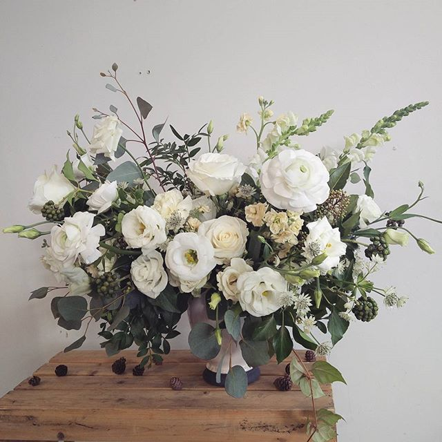 """The classic """"can you maybe add some colour?"""" arrangement. Miss you @ilanemma  #sunday #flowers #flora #floral #toronto #torontoflorist #pale #white #ranunculus #rose"""