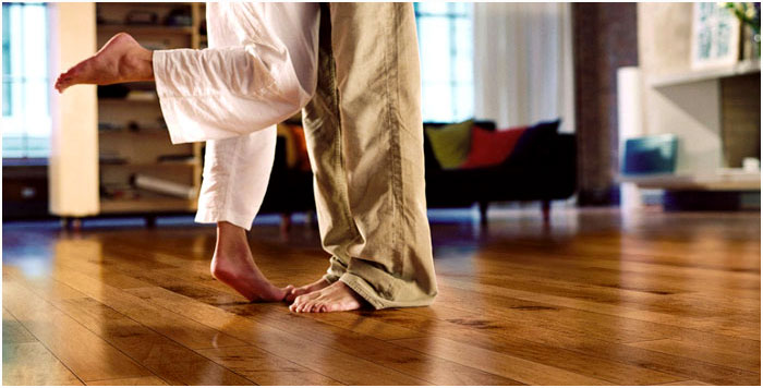 Hardwoodfloor-with-feet.jpg