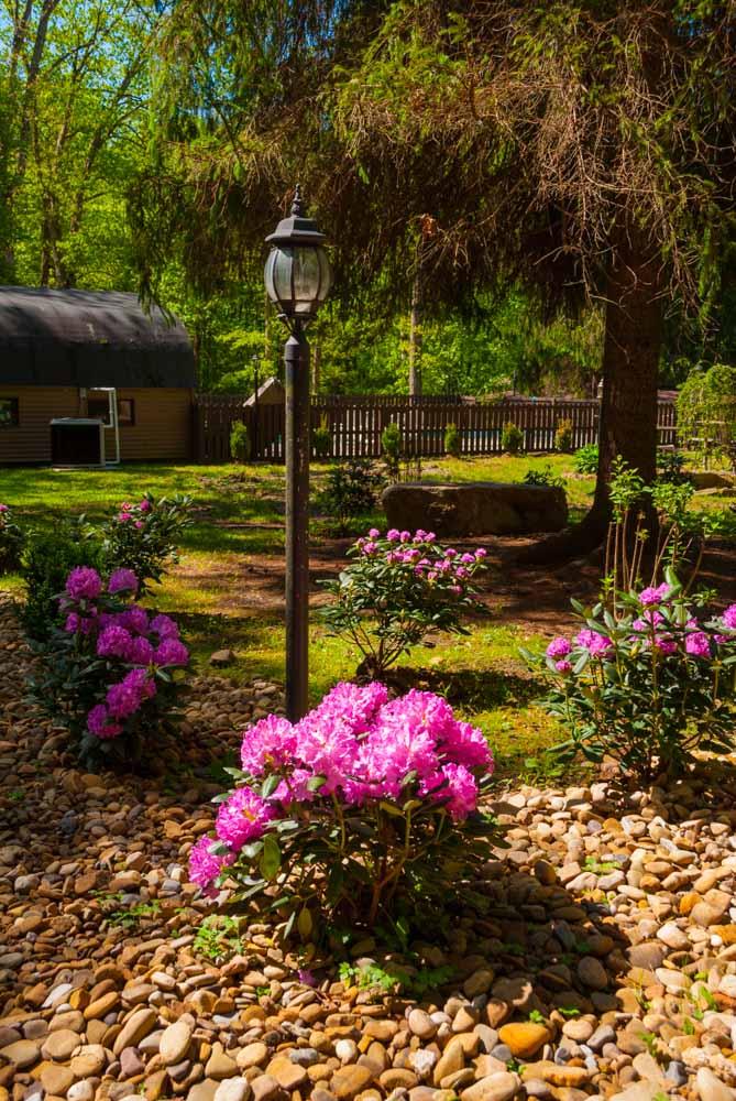 Fernstone Flowers & Landscaping-28.jpg
