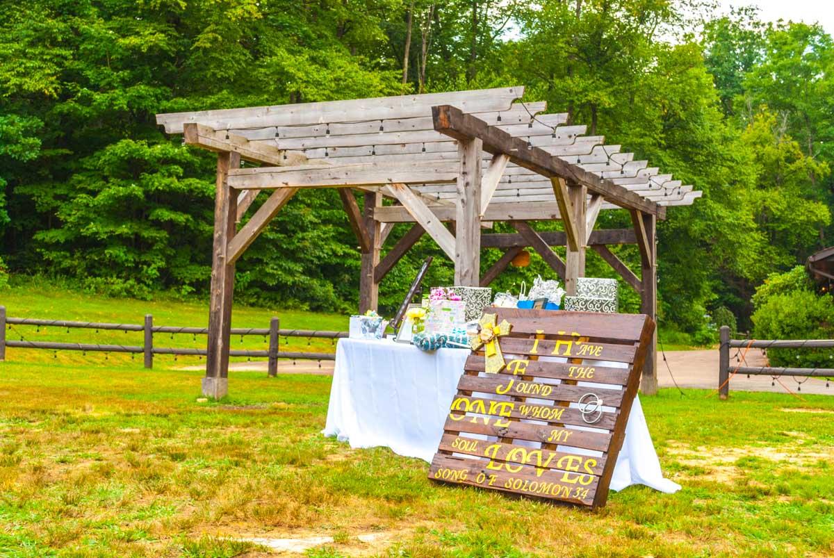 2015 Weddings_websize-39.jpg