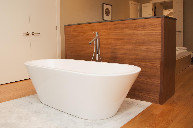 pine_bathroom-3.jpg