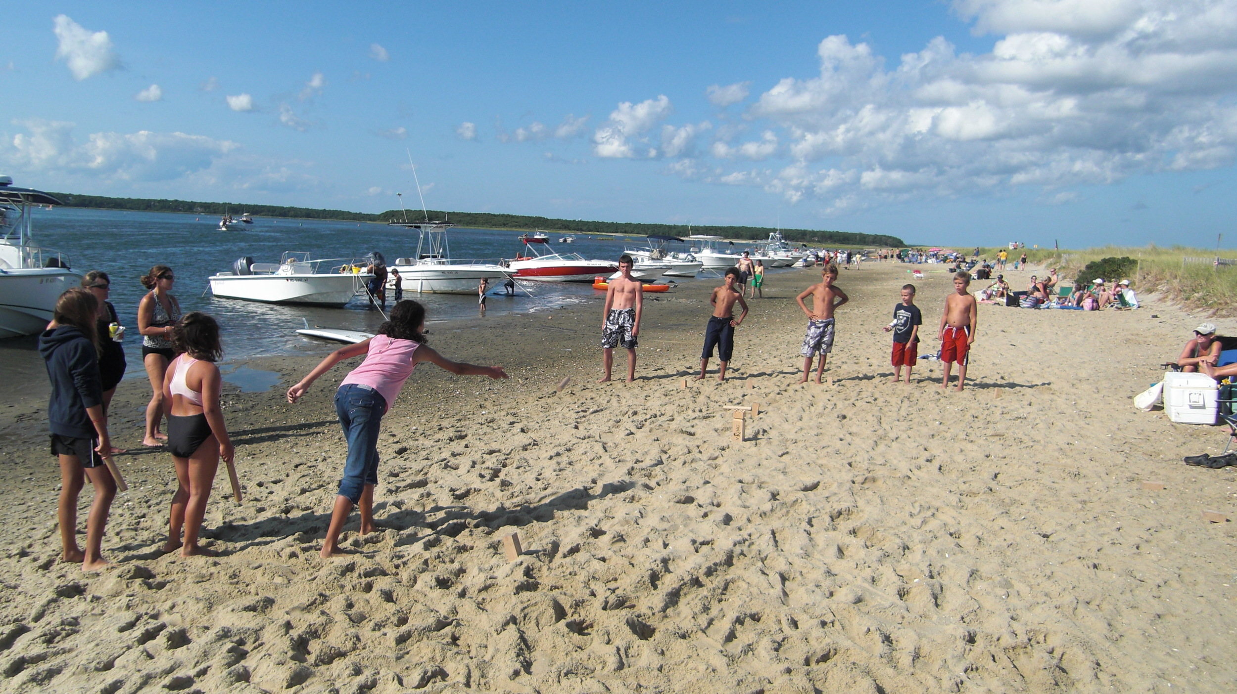 V:King is the perfect beach game and great for kids of all ages.