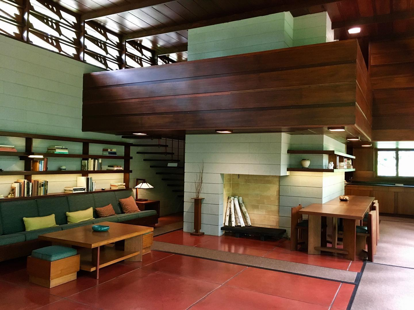 Dream home in Bentonville, AR. Bachman-Wilson House by Frank Lloyd Wright.