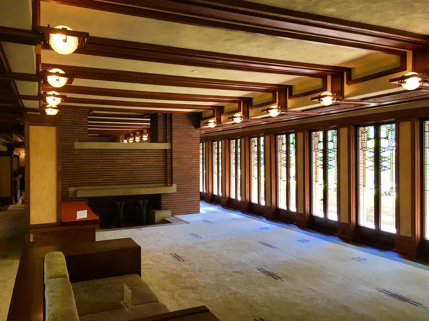 Another dream home by Frank Lloyd Wright. Robie House in Chicago, IL.