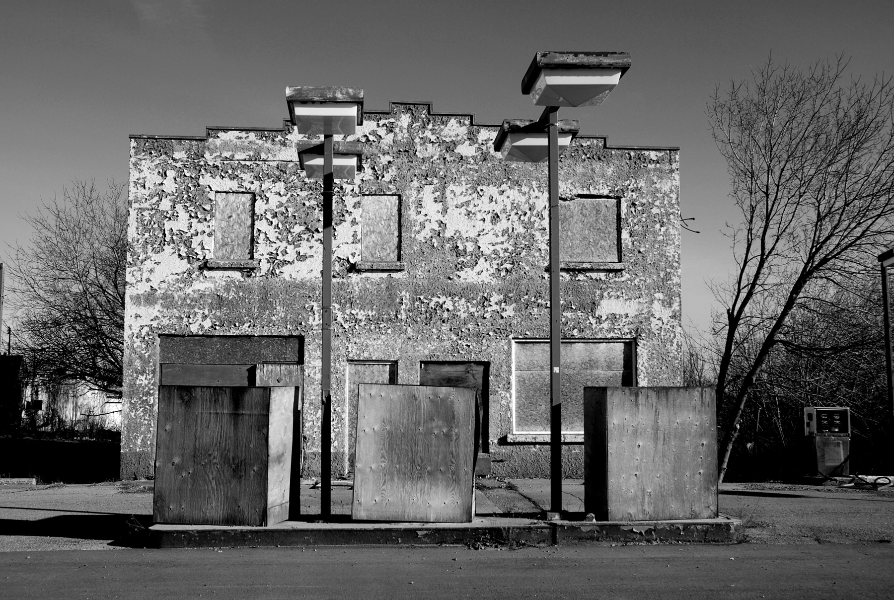 Gas Station, Ontario (2012)