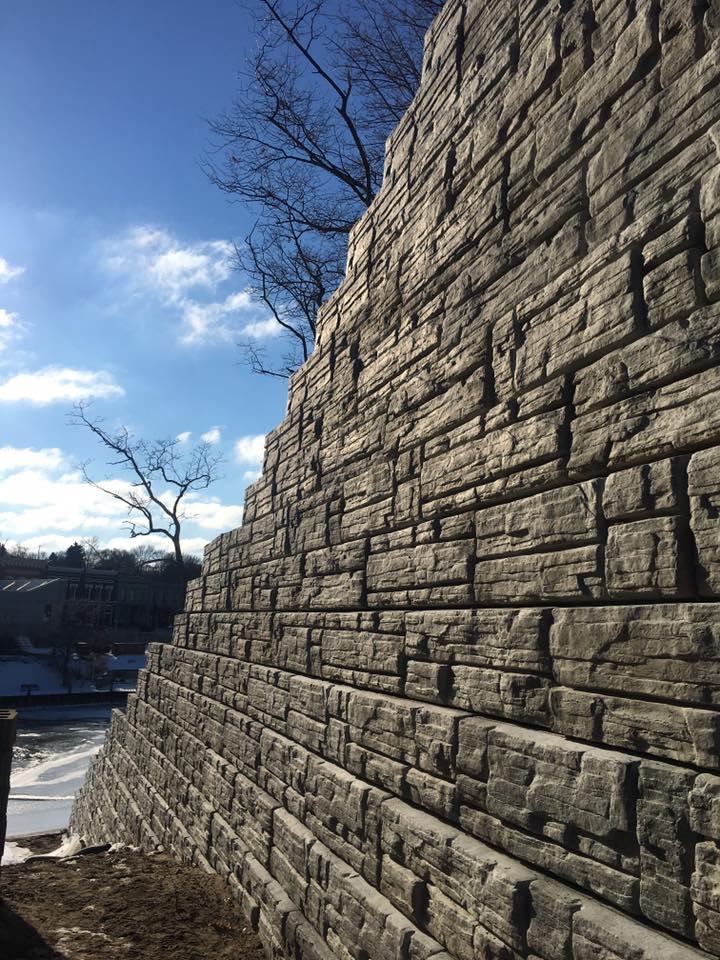 Short Street Retaining Wall Project: block close-up