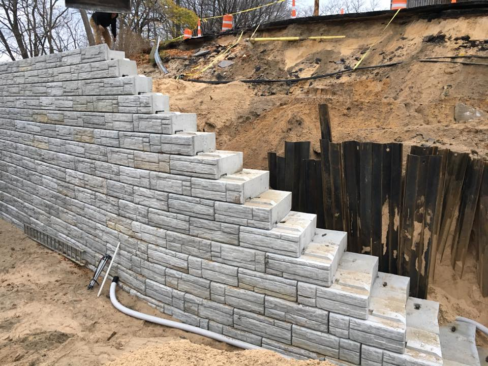 Short Street Retaining Wall Project: wall and steel shoring