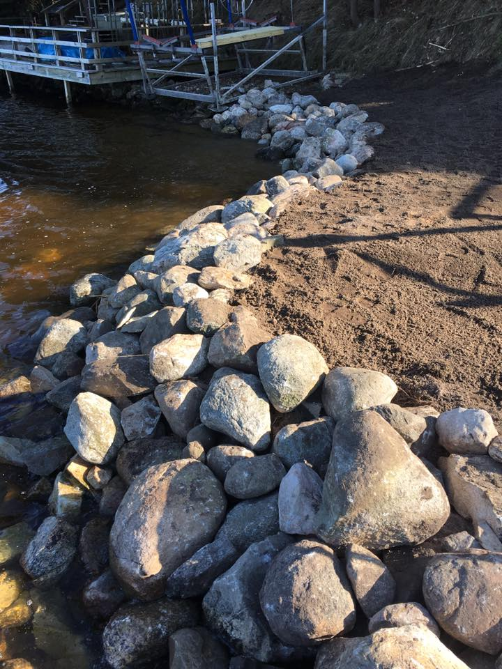 Natural rock shoreline protection
