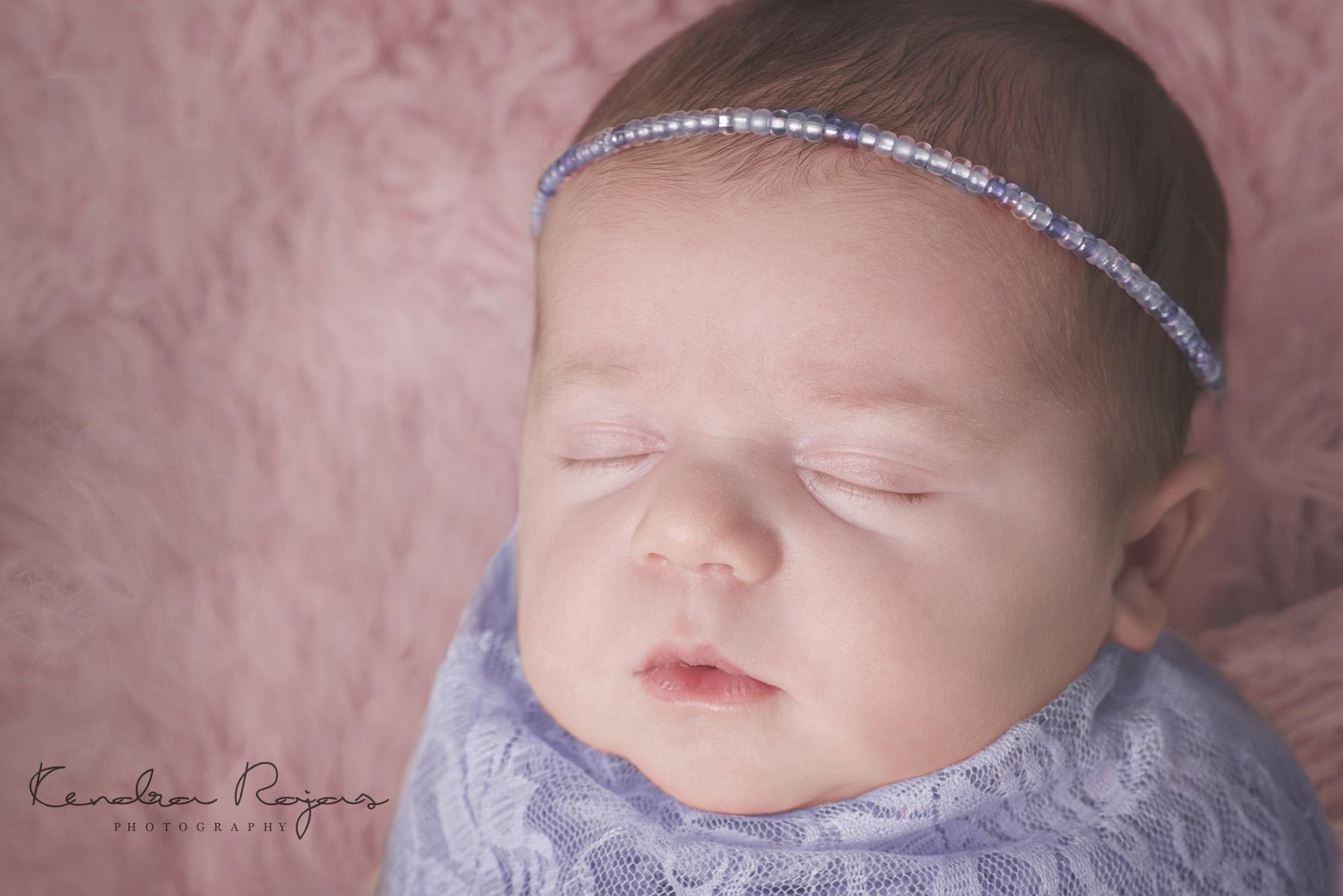 Newborn_Charlotte 112216_07_LOW_Social.jpg