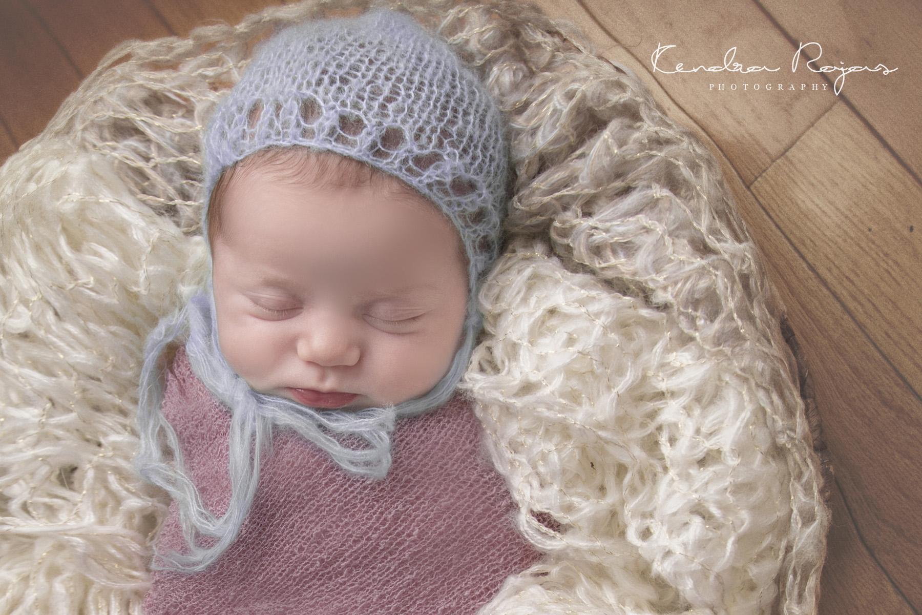 Newborn_Charlotte 112216_13_LOW_Social.jpg