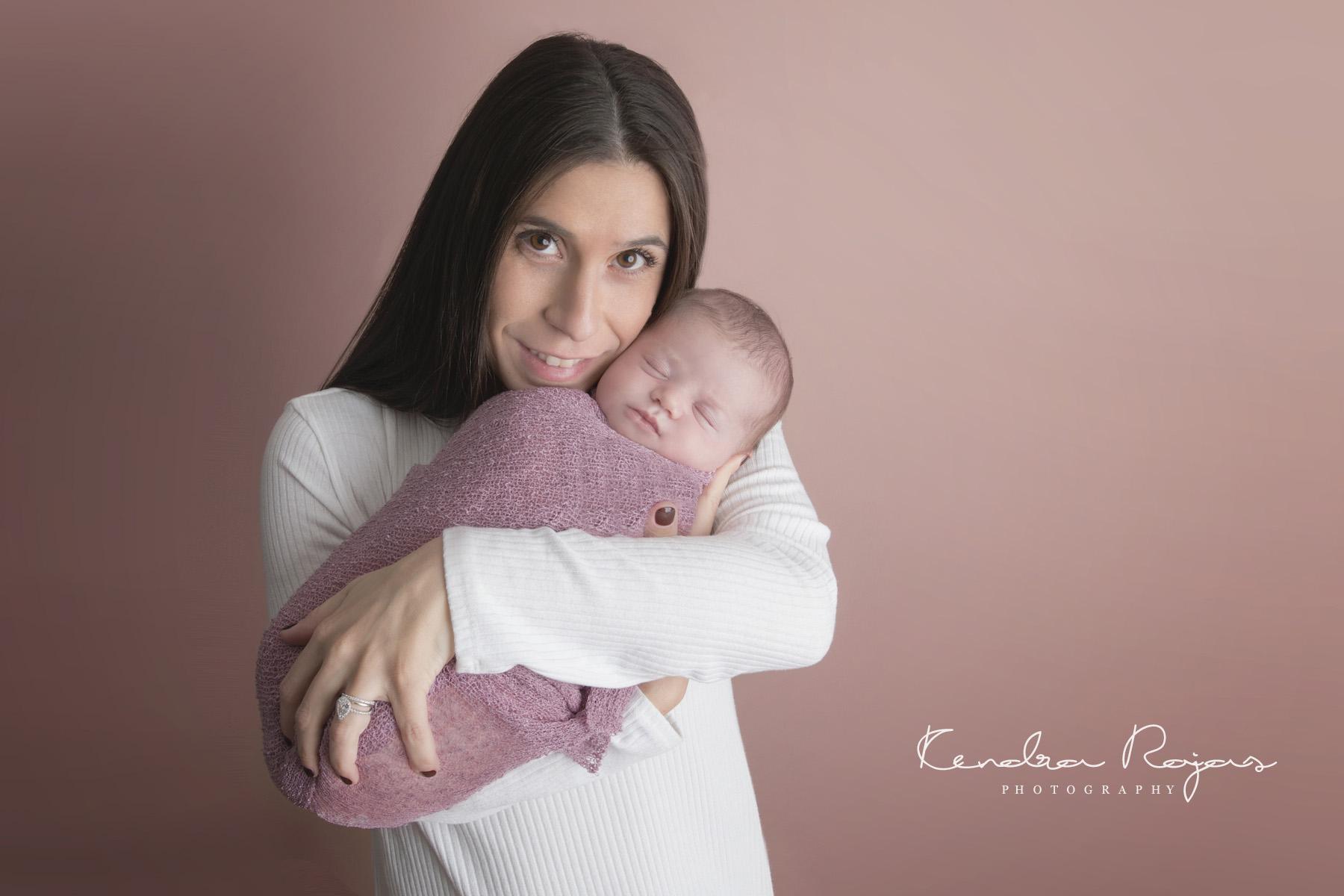 Newborn_Charlotte 112216_16_LOW_Social.jpg