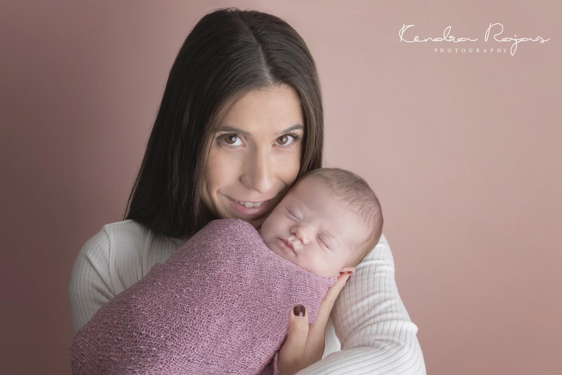 Newborn_Charlotte 112216_15_LOW_Social.jpg