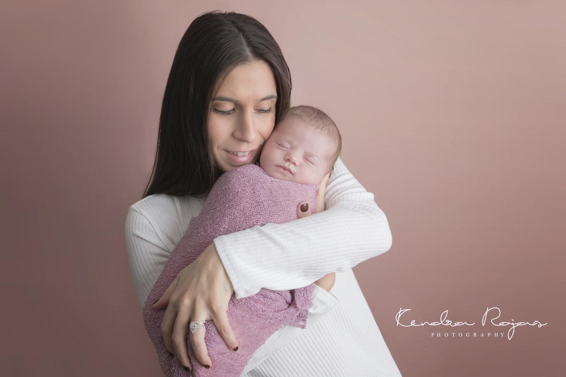 Newborn_Charlotte 112216_17_LOW_Social.jpg