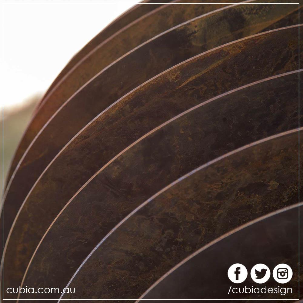 Cubia Slotted Geometry Sunken Sphere 01.jpg