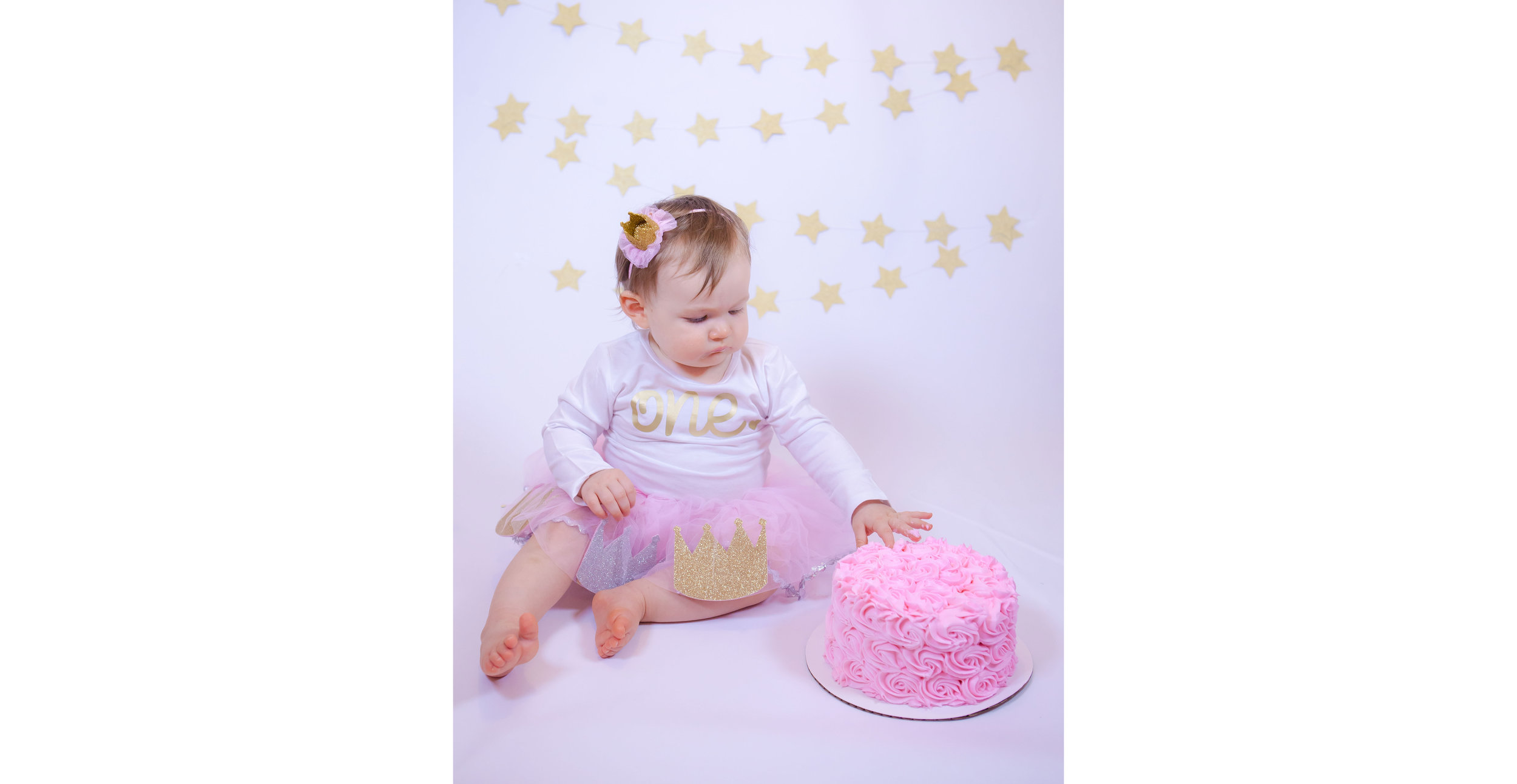 Harper Cake Smash 1st Birthday-004.jpg