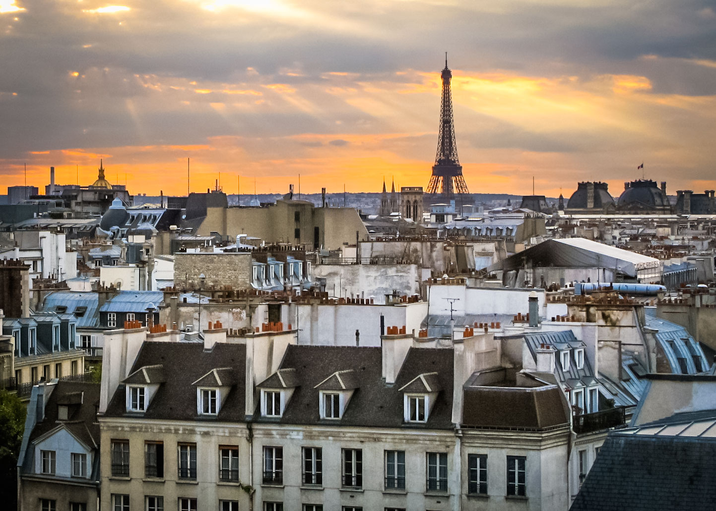 France - Paris sunset with Eiffel Tower from Pompidou.jpg