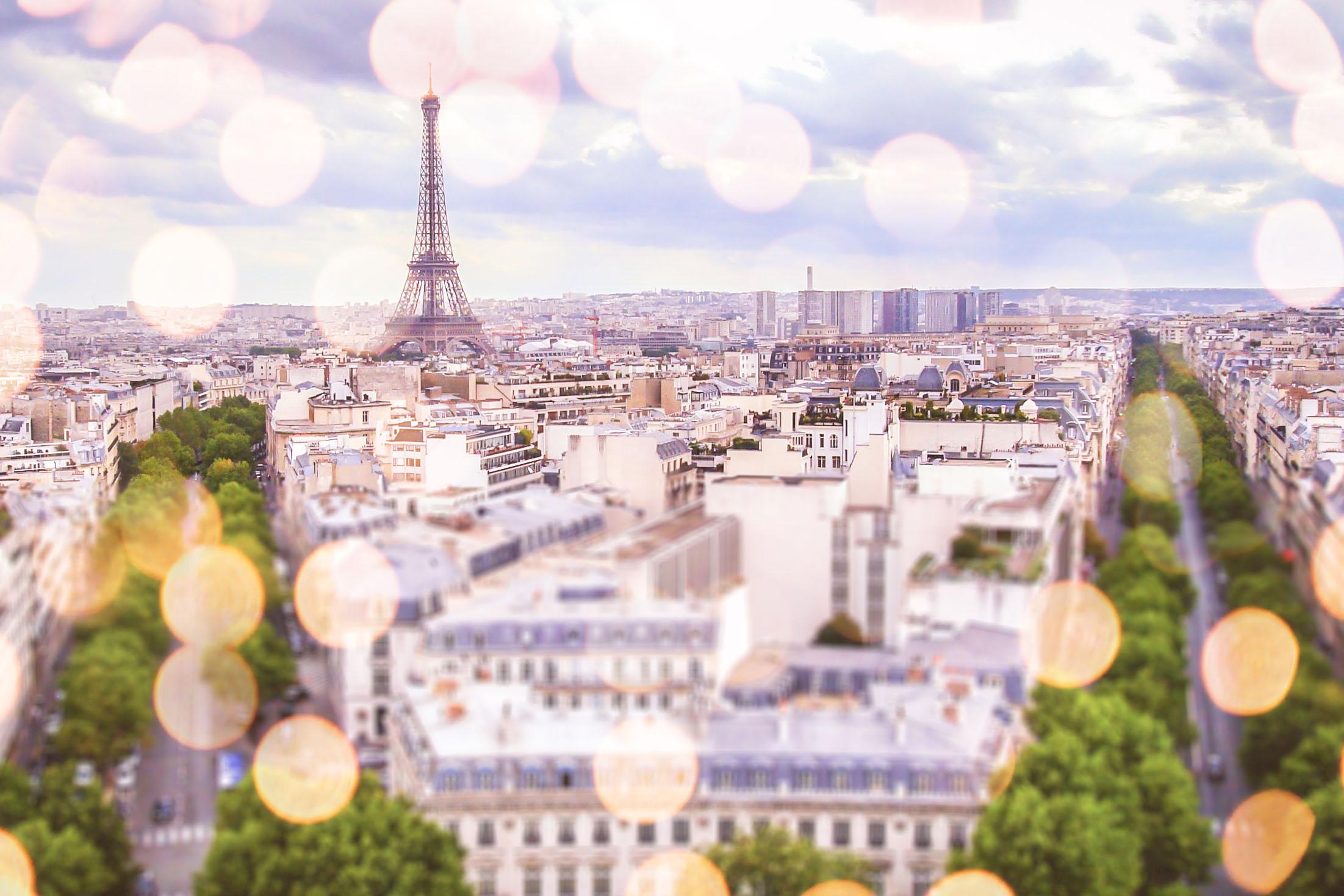 Best Paris Photographer - Lincoln Photography - Destination