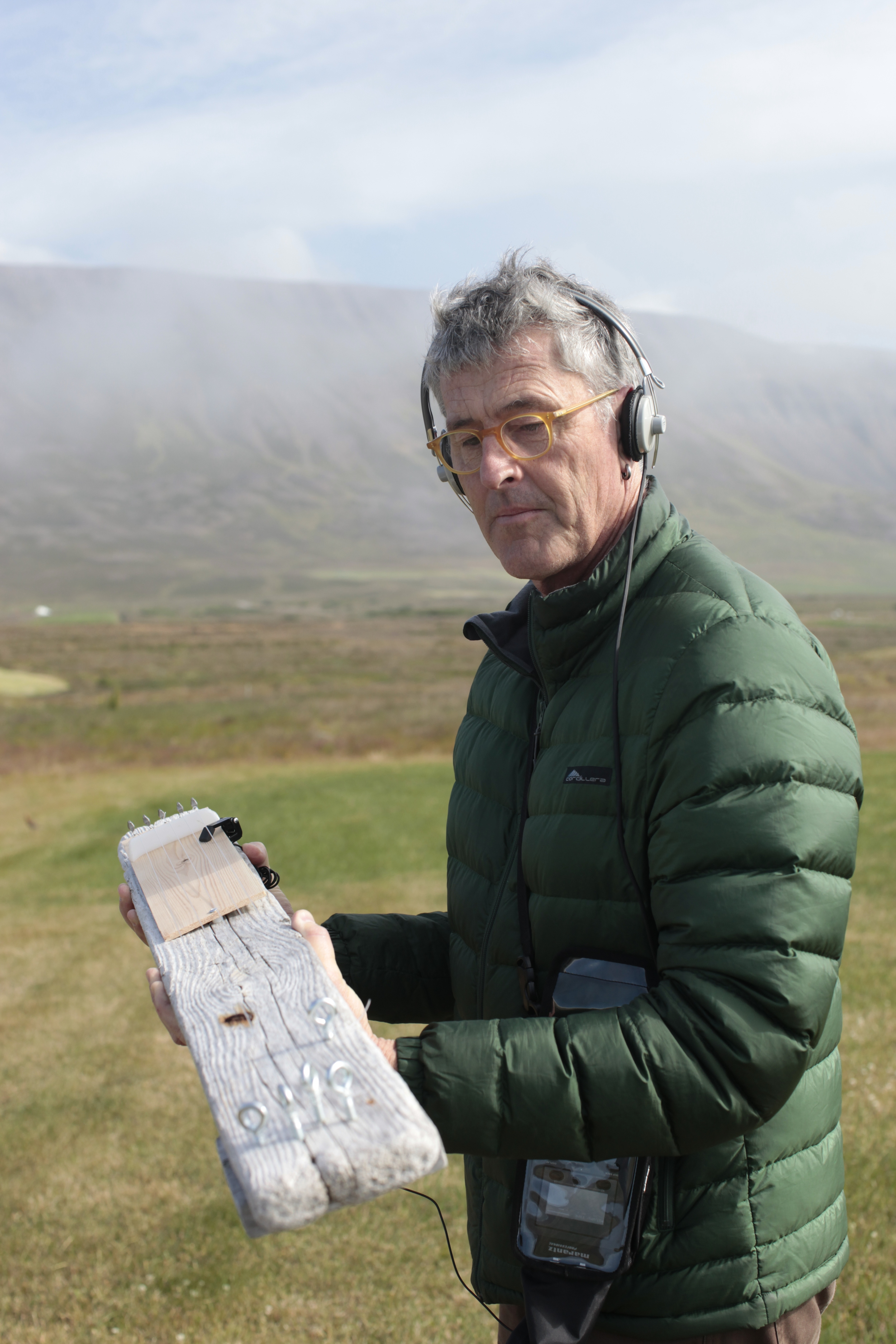 Donald operating the  Bærnjo  at Bær in Iceland.