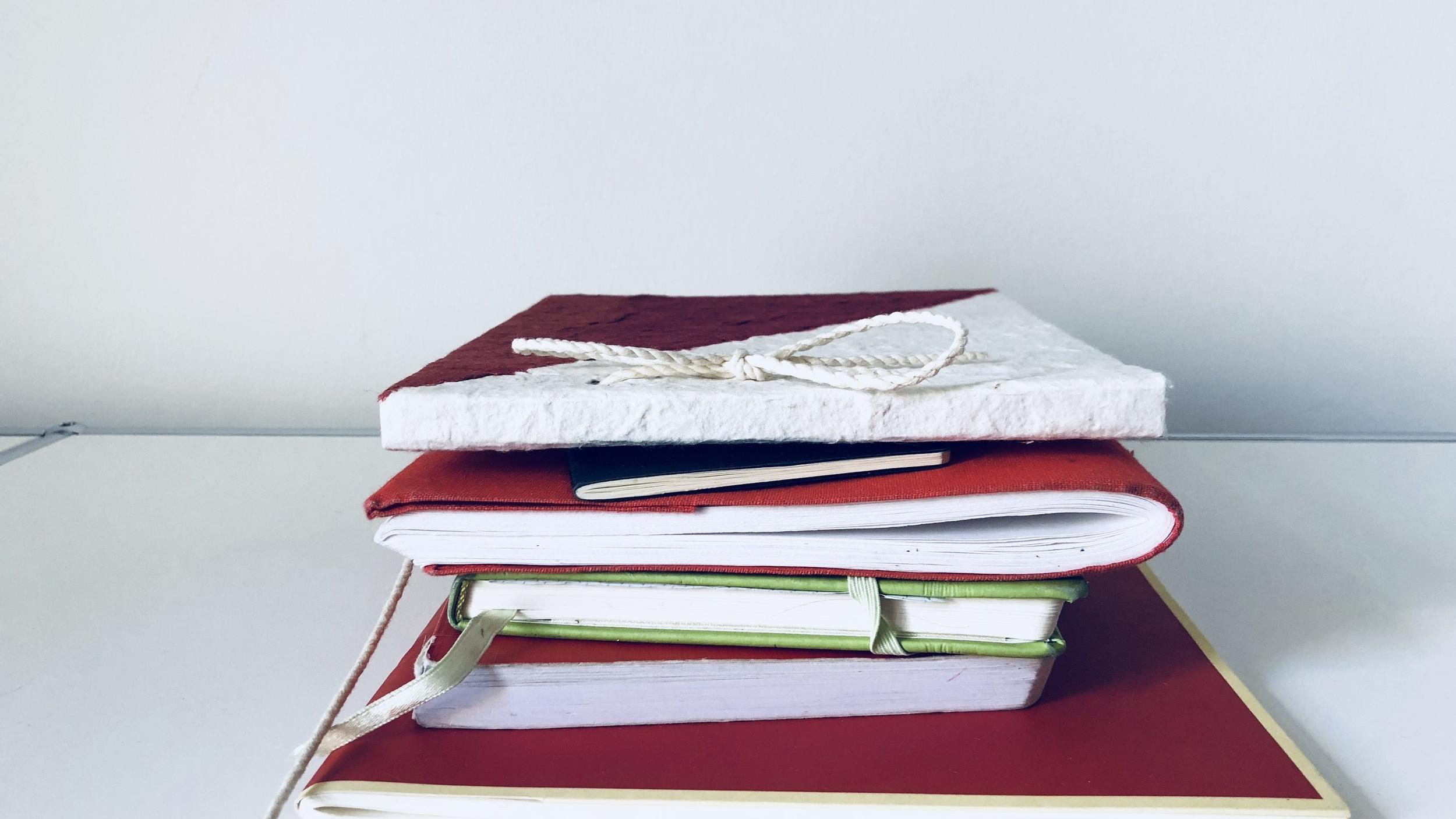 Gestapelte Journals/Tagebücher