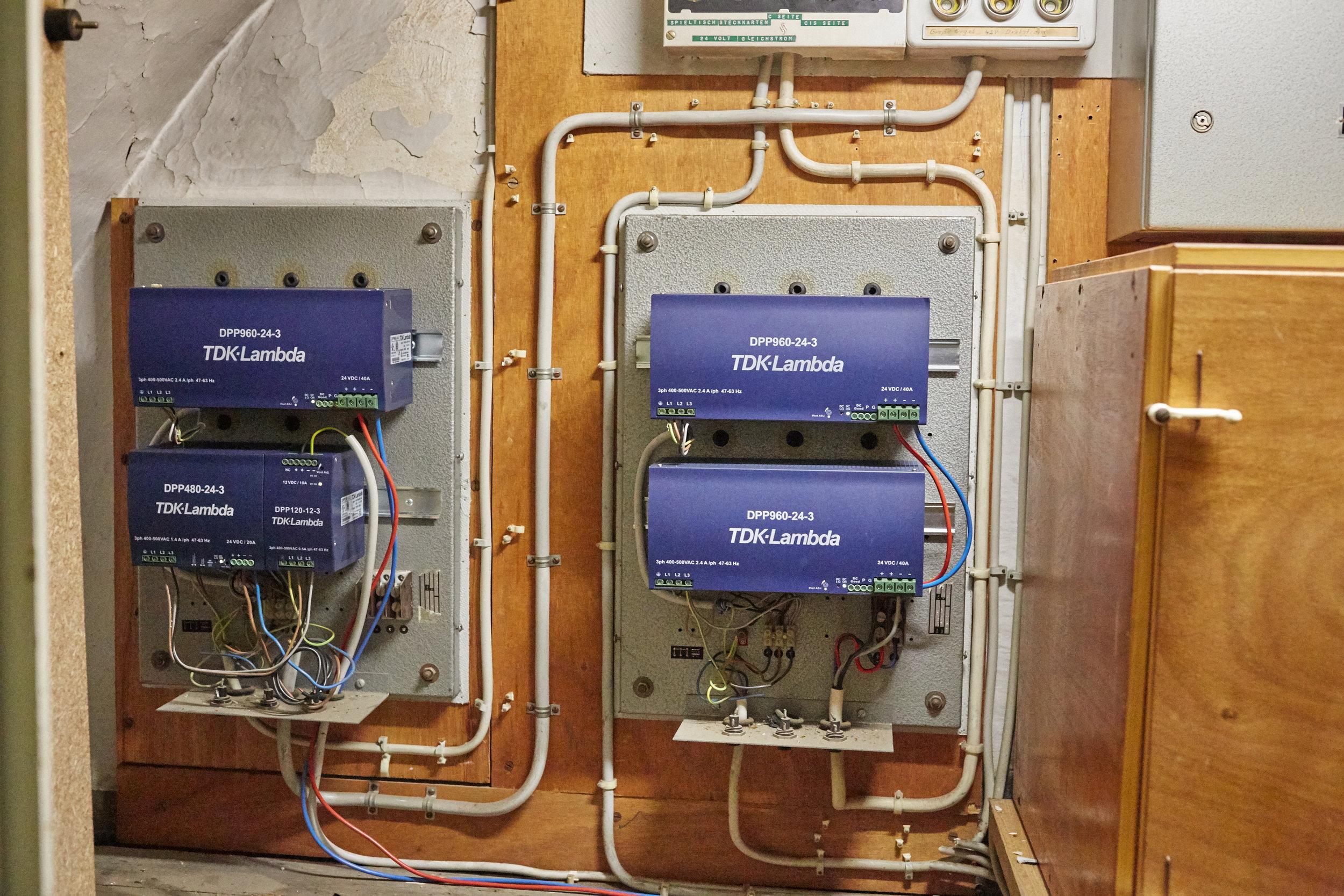 Stromversorgung Setzer