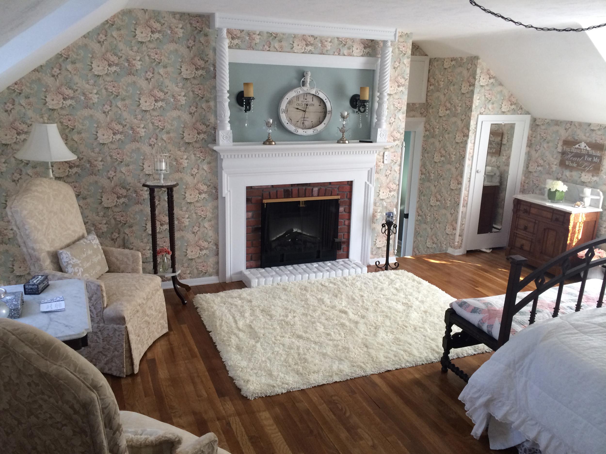 anniversary suite fireplace.jpg