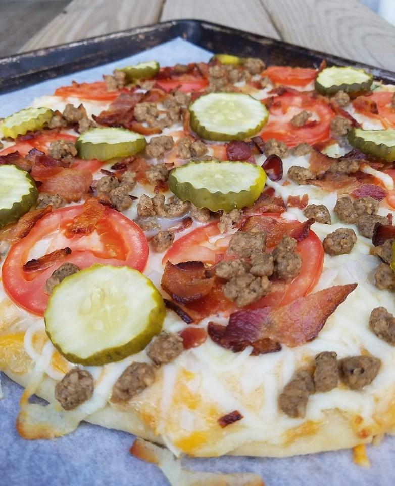 Tomato Cheeseburger Pizza