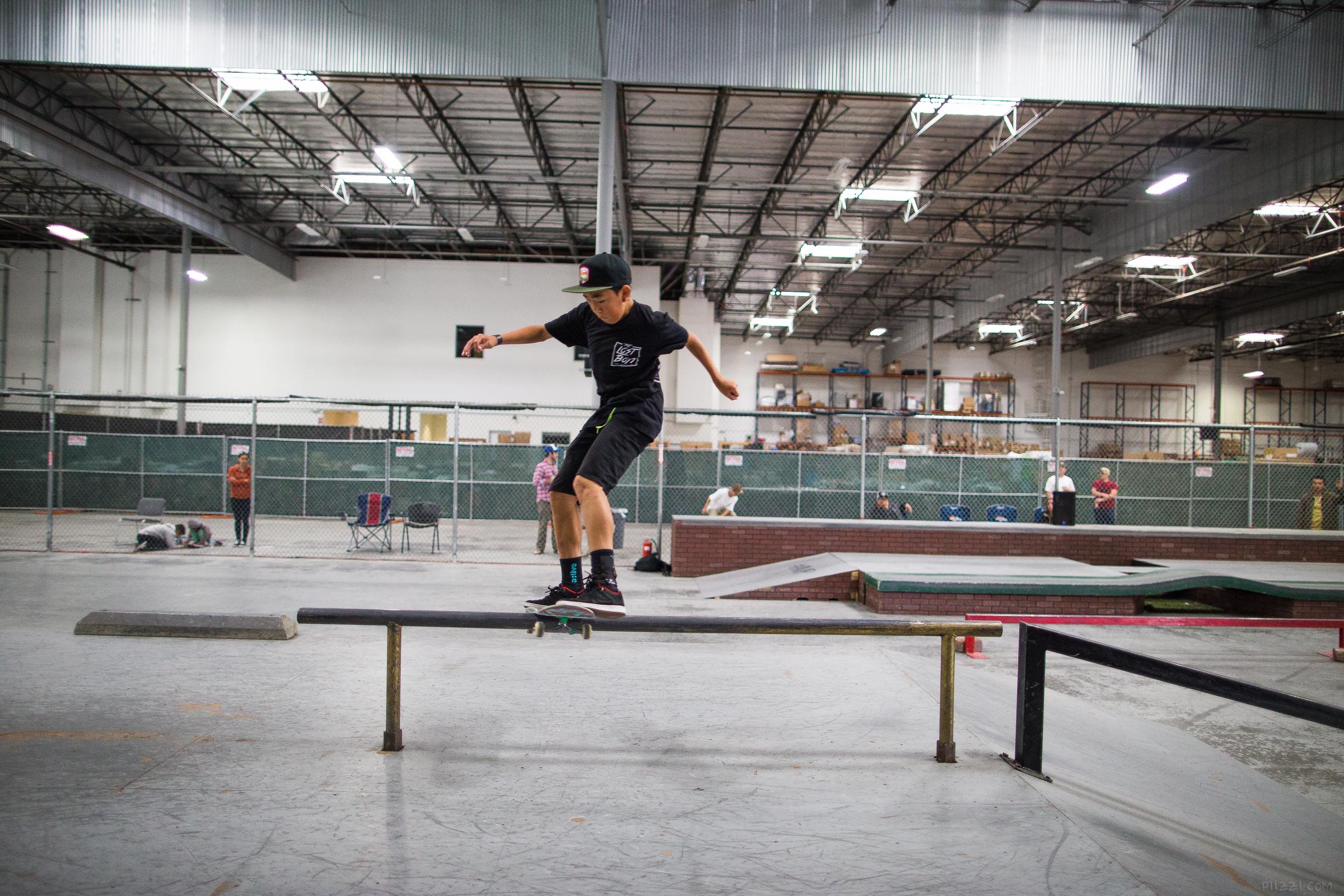 skate_rail_fslip_kevin.jpg