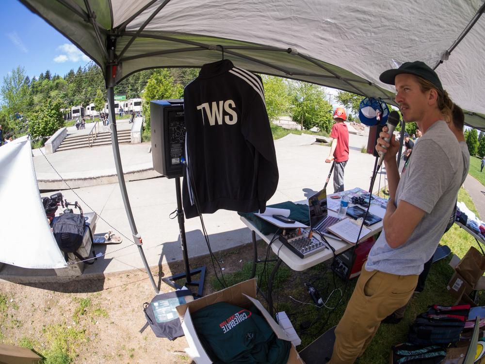 Runnin'  Transworld  apparel. Keegan's on the mic.