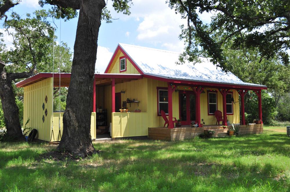 Kanga Cottage Cabin 16x26 MC01.jpg