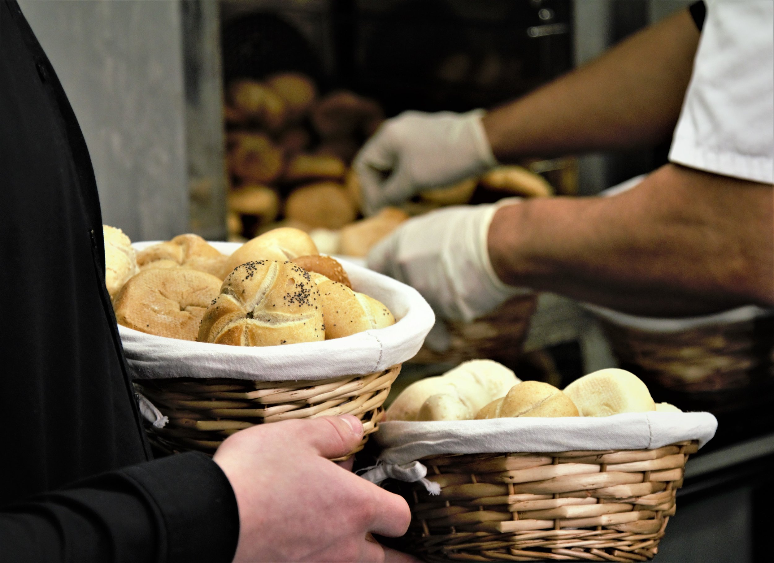 Pick up bread! - We need someone to collect bread from a bakery in San Marcos Sunday nights. Email bdetrich@gracechurchsd.org.